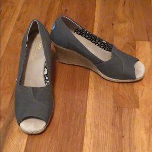 TOMS peep toe wedges in gray